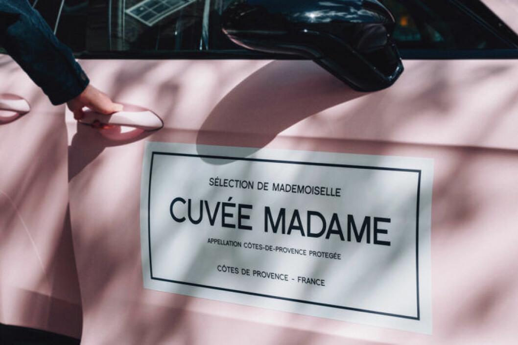Bilen kan bokas kostnadsfritt av medlemmar i Cuvée Madames vinklubb.