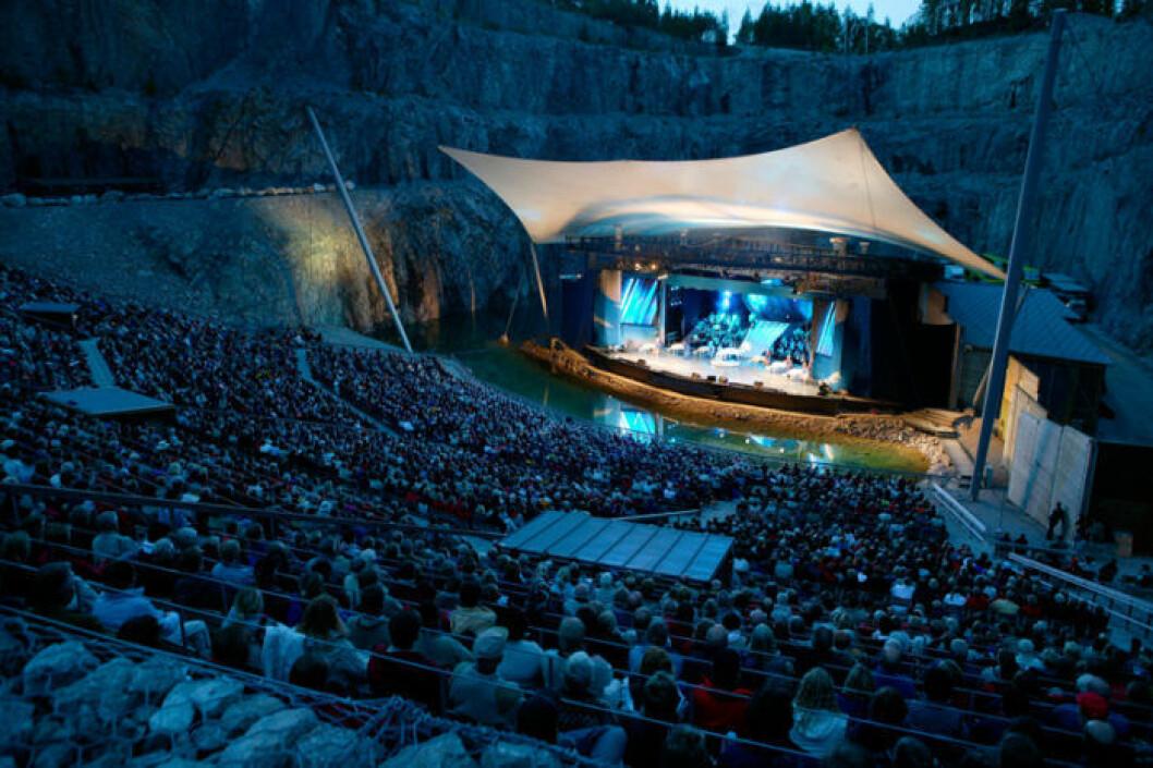 Dalhalla i Rättvik under en kvällskonsert.