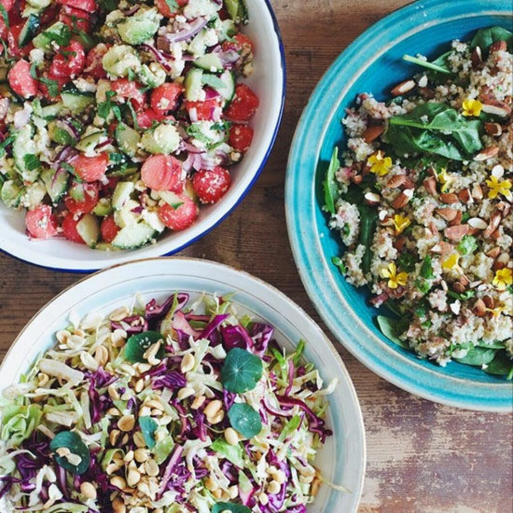 ditsen Salladsfest med tre fantastiskt färgrika och nyttiga sallader.