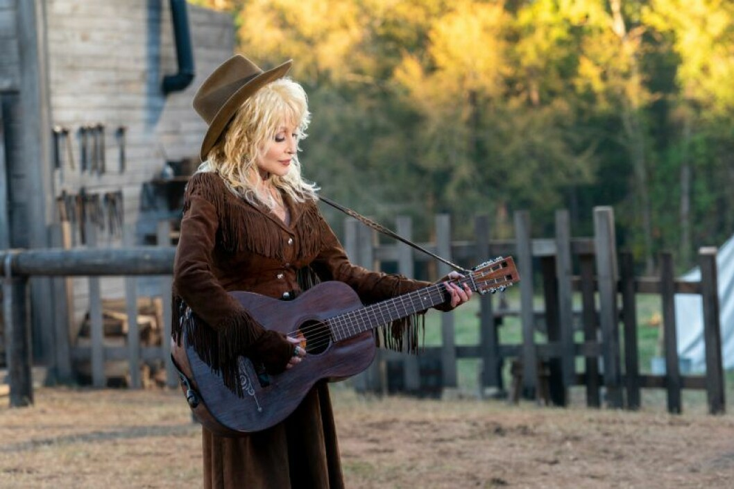 Dolly Parton's Heartstrings har premiär på Netflix i november.