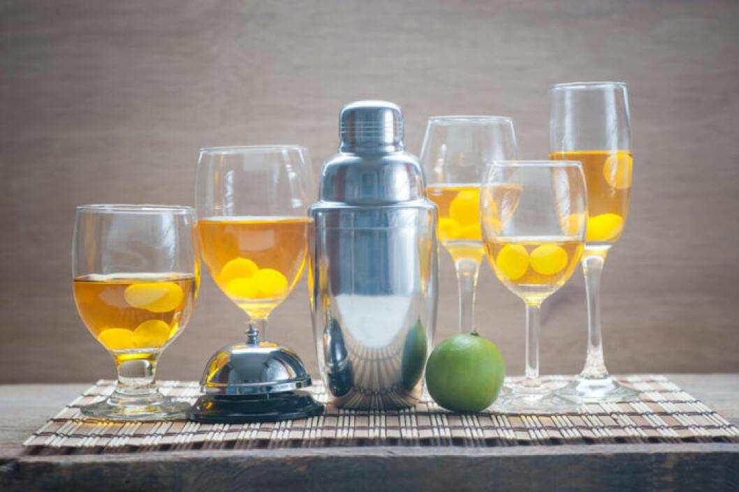 Frysta druvor smälter inte i vinet. Dessutom ser det piffigt ut