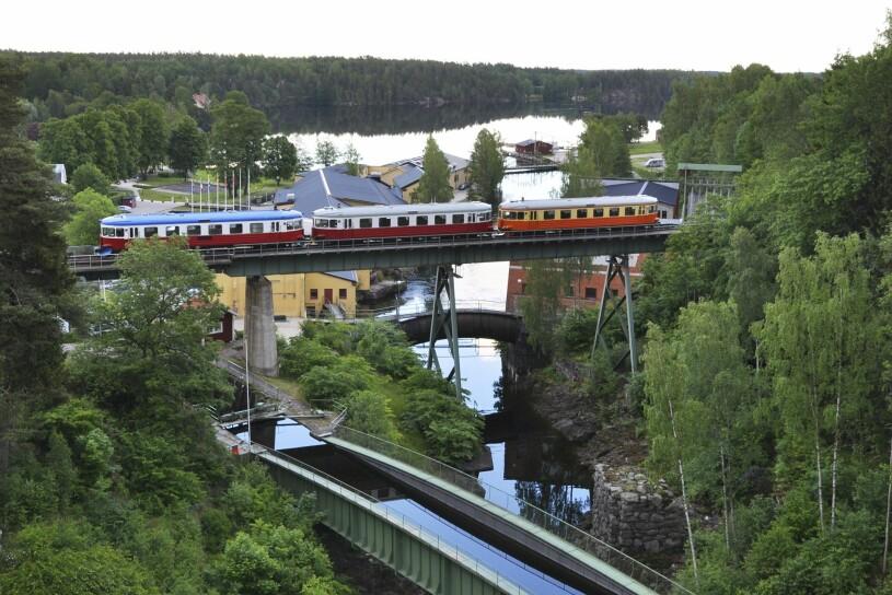DVVJ över akvedukten i Håvreud