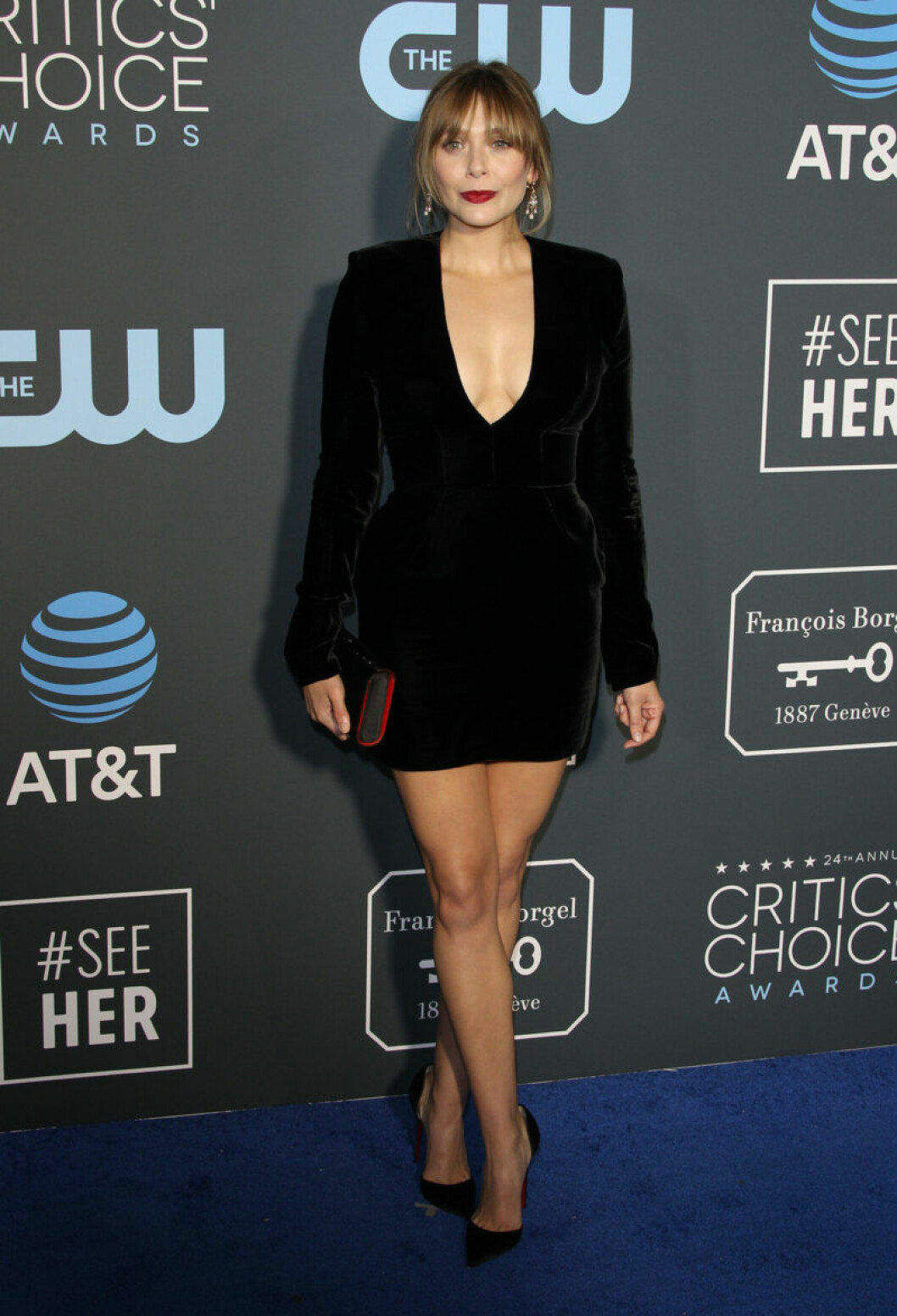 Elizabeth Olsen på röda mattan på Critics Choice Awards 2019