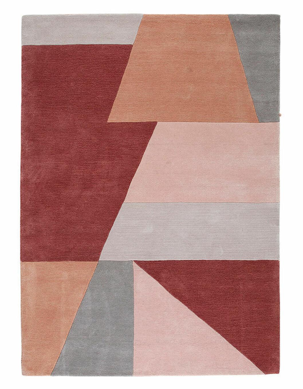 Trendigt färggrann och geometrisk matta från Ellos Home våren 2019