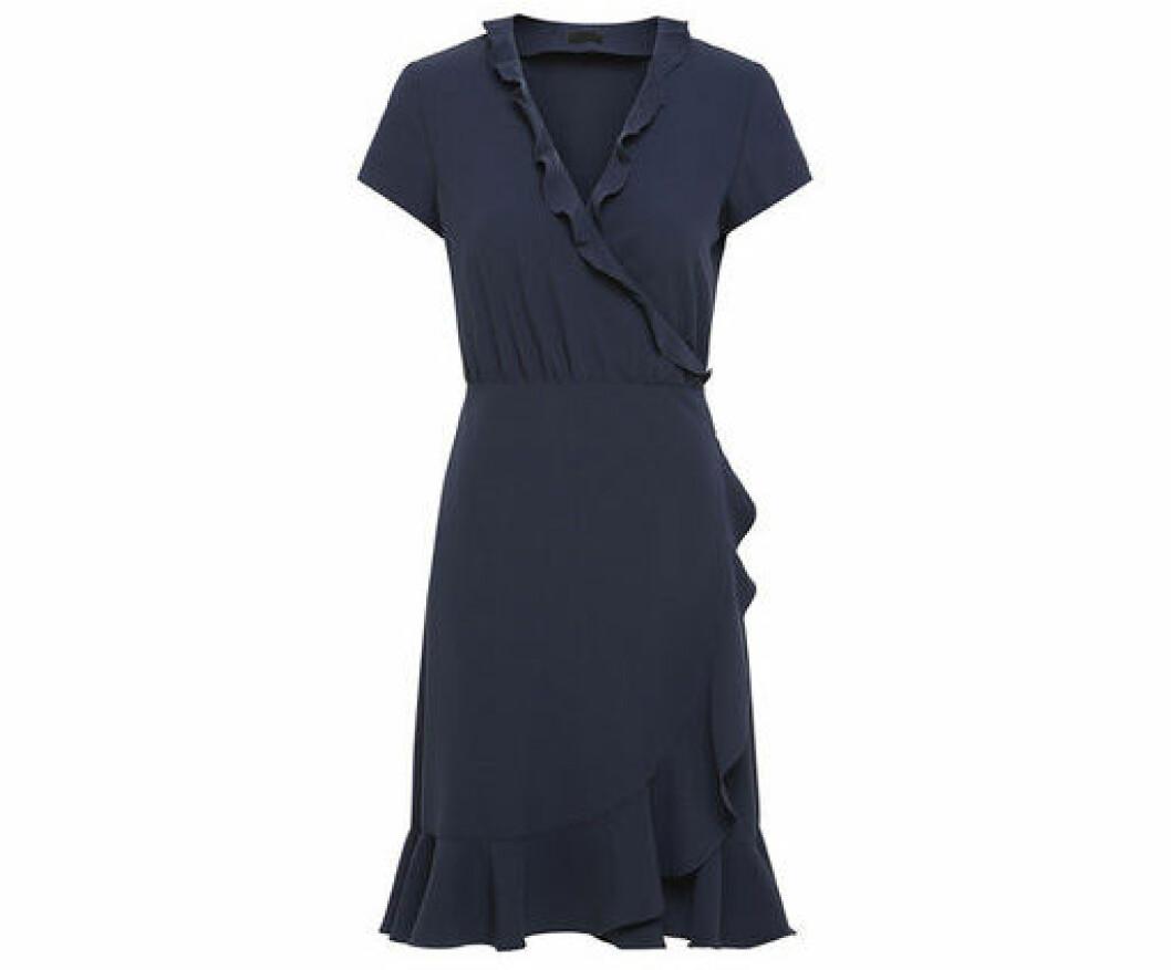 En bild på klänningen 2nd Day – Elly Woven som finns att köpa på Åhléns.