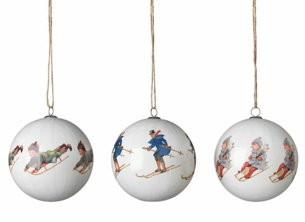 Julgranskulor med Elsa Beskow motiv