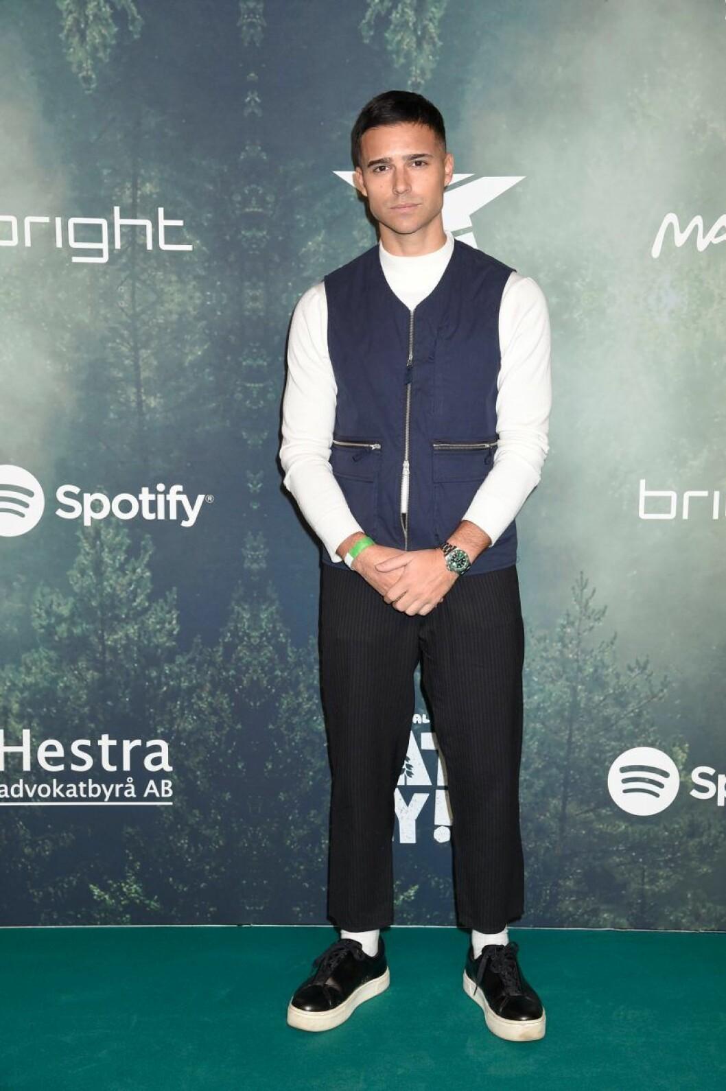 Eric Saade på röda mattan på Grammisgalan 2020