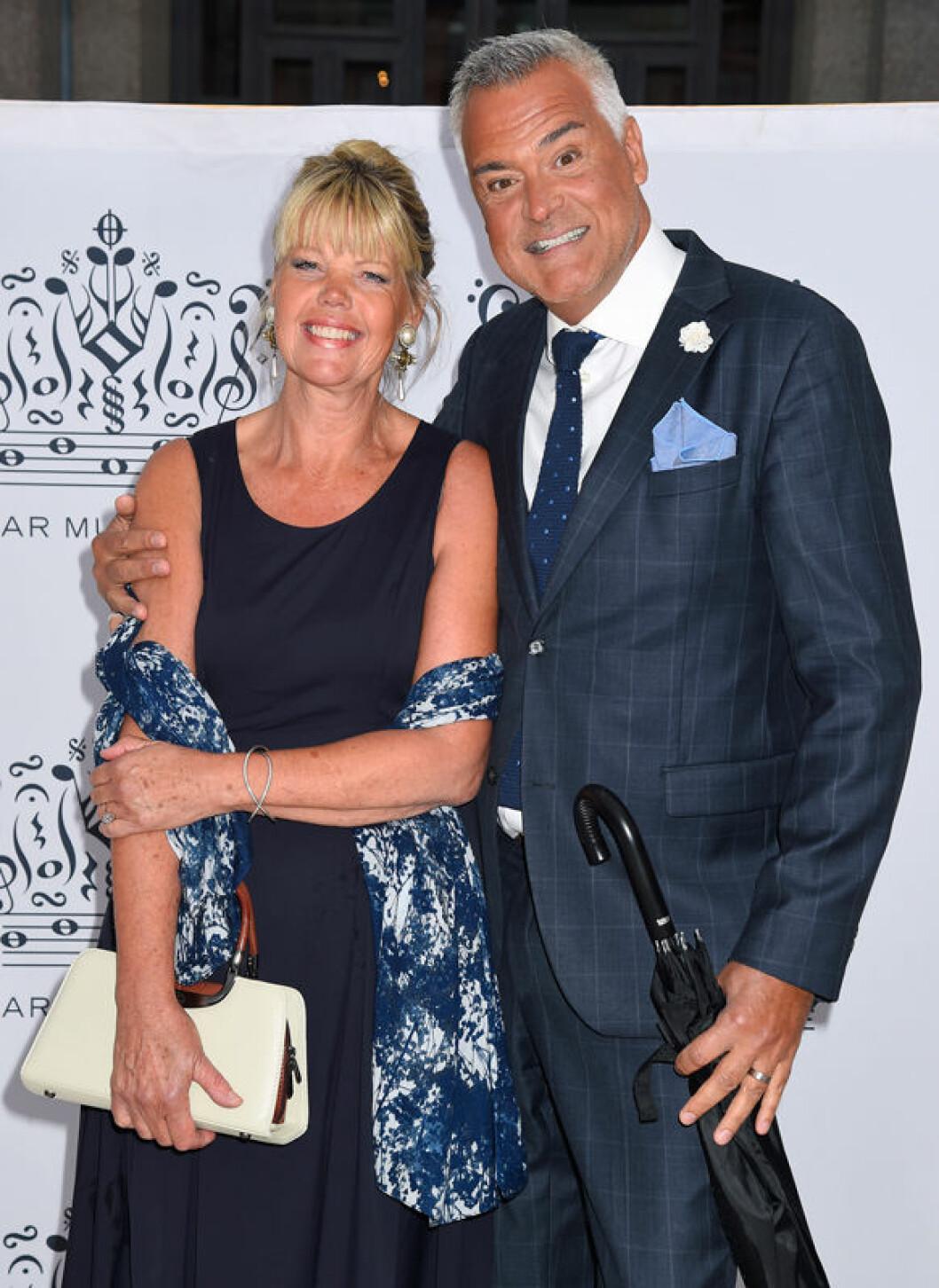 Ernst Kirchsteiger och frun Ulla Kirchsteiger på röda mattan inför The Polar Music Prize i Stockholm Concert Hall 2016.