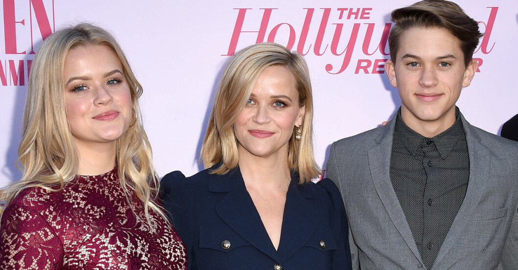Reese Witherspoon om sonen Deacon och dottern Ava Phillippe.