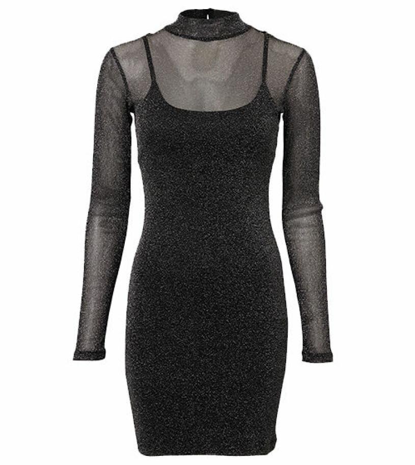 glittrig klänning nly trend