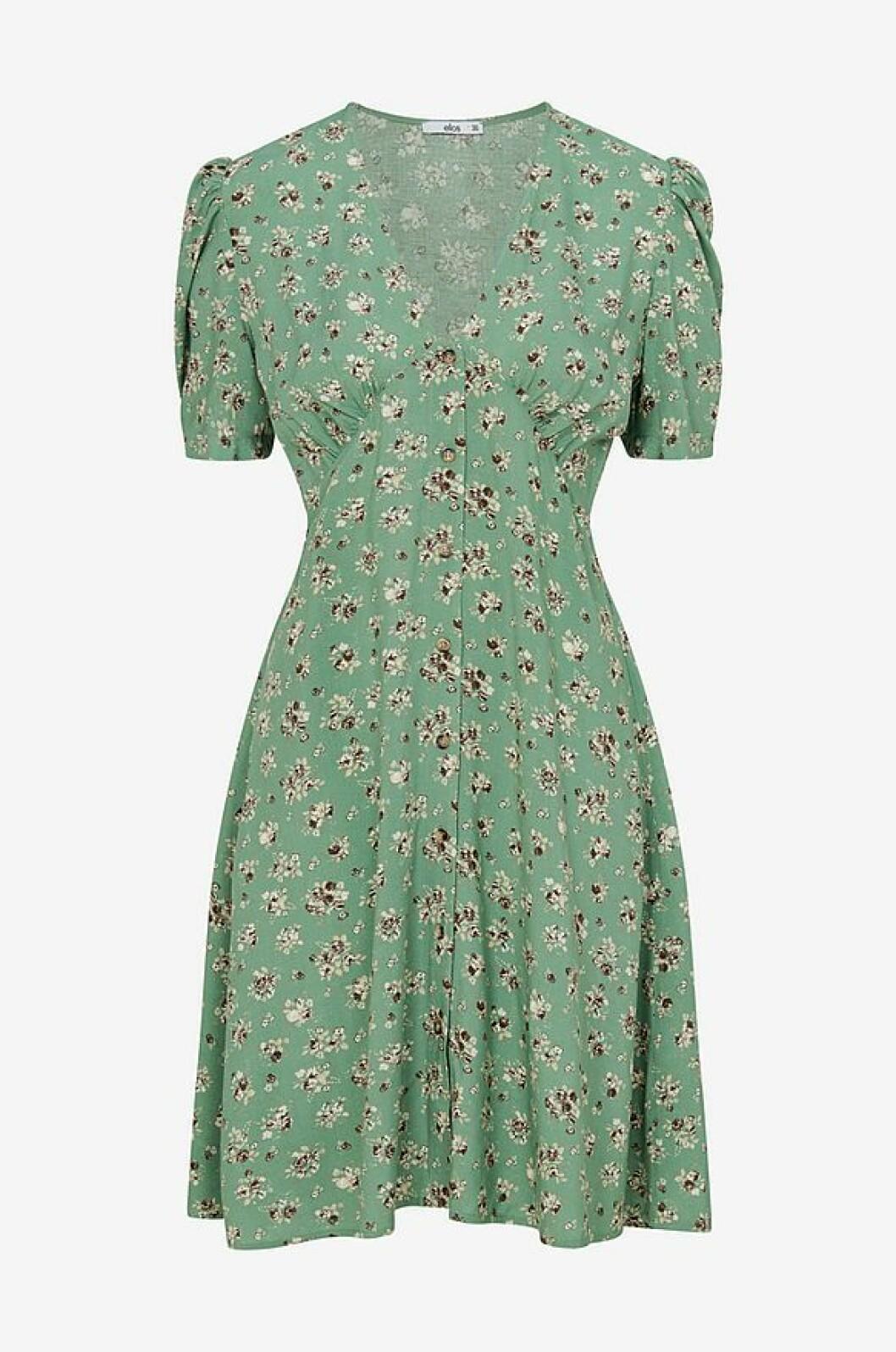 Grön blommig klänning