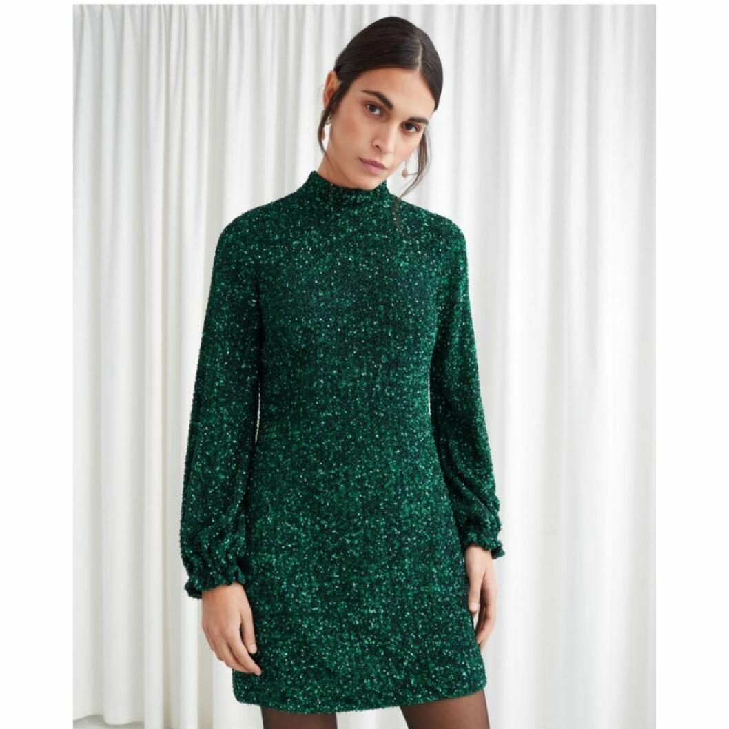 Grönglittrig klänning från & Other Stories
