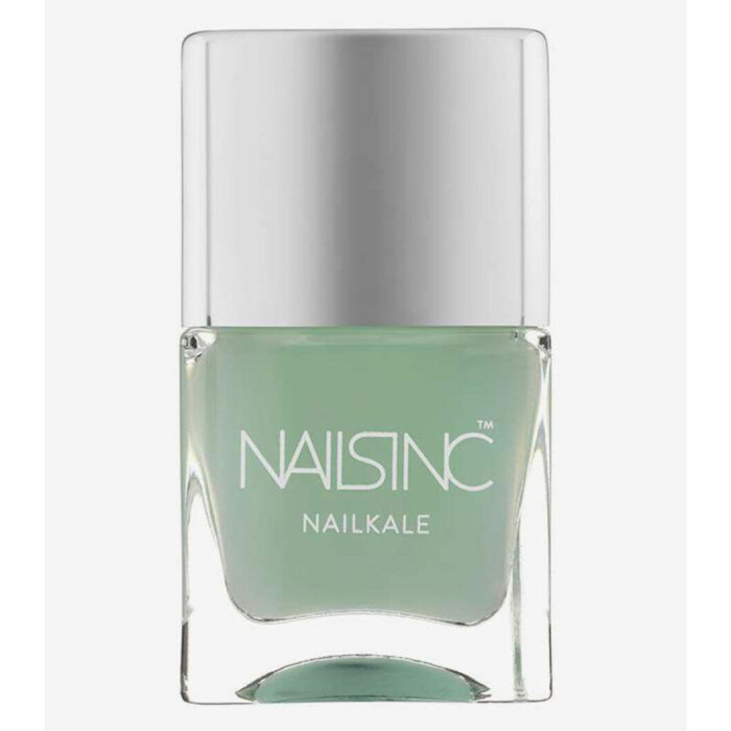 Ljus grön nagellack