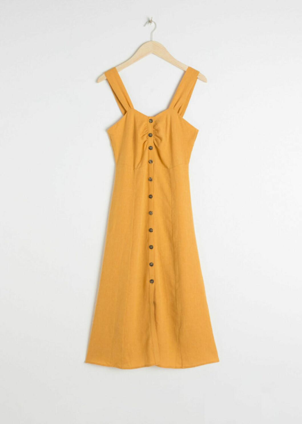 Gul klänning i linne