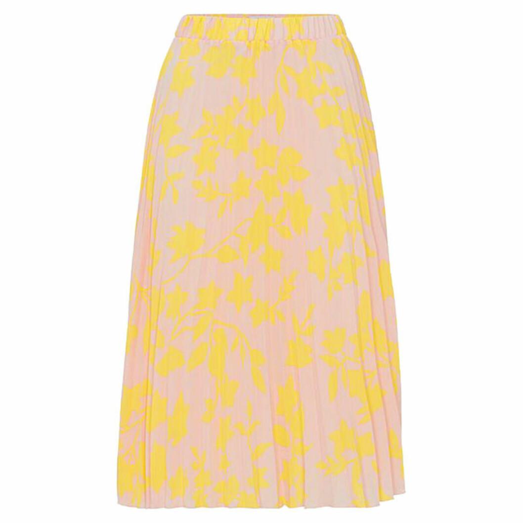 Gul plisserad kjol