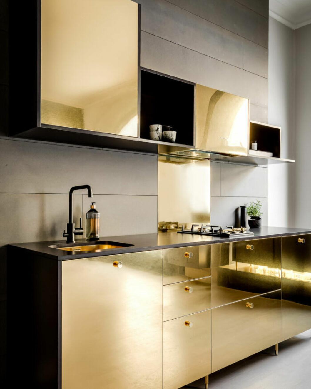 Guldkant är ett exklusivt designsamarbete mellan Picky living och Triss