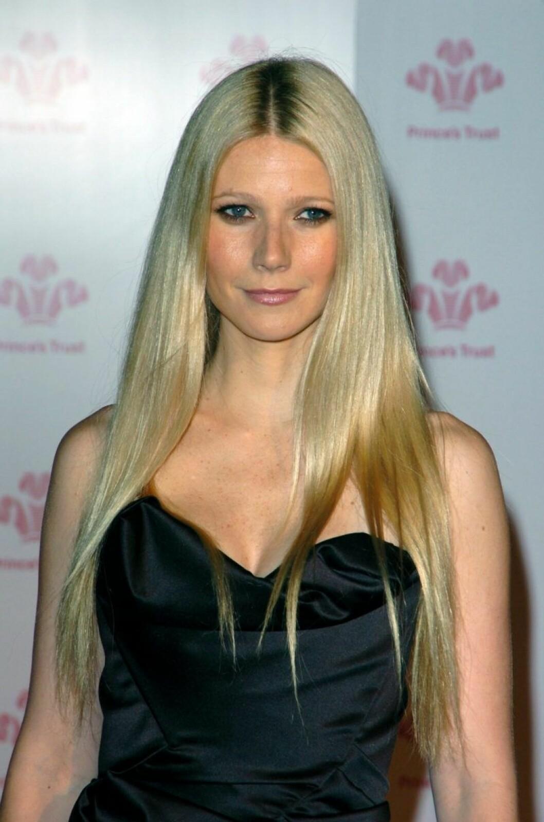 Gwyneth Palthrow med plattat långt hår
