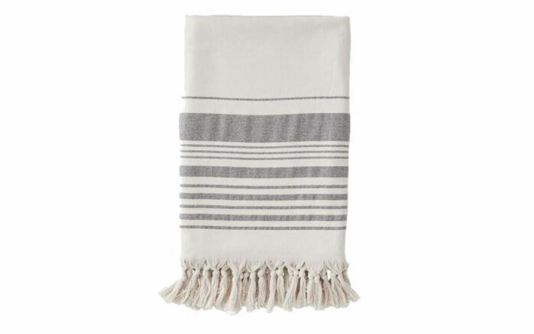 randig handduk med fransar