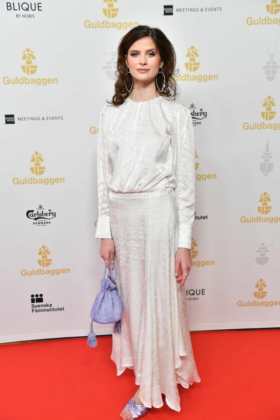 Hanna Ardéhn på röda mattan på Guldbaggegalan 2020