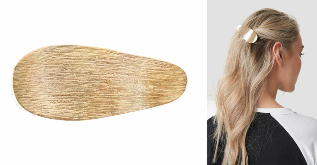 Guldig hårklämma från Na-kd