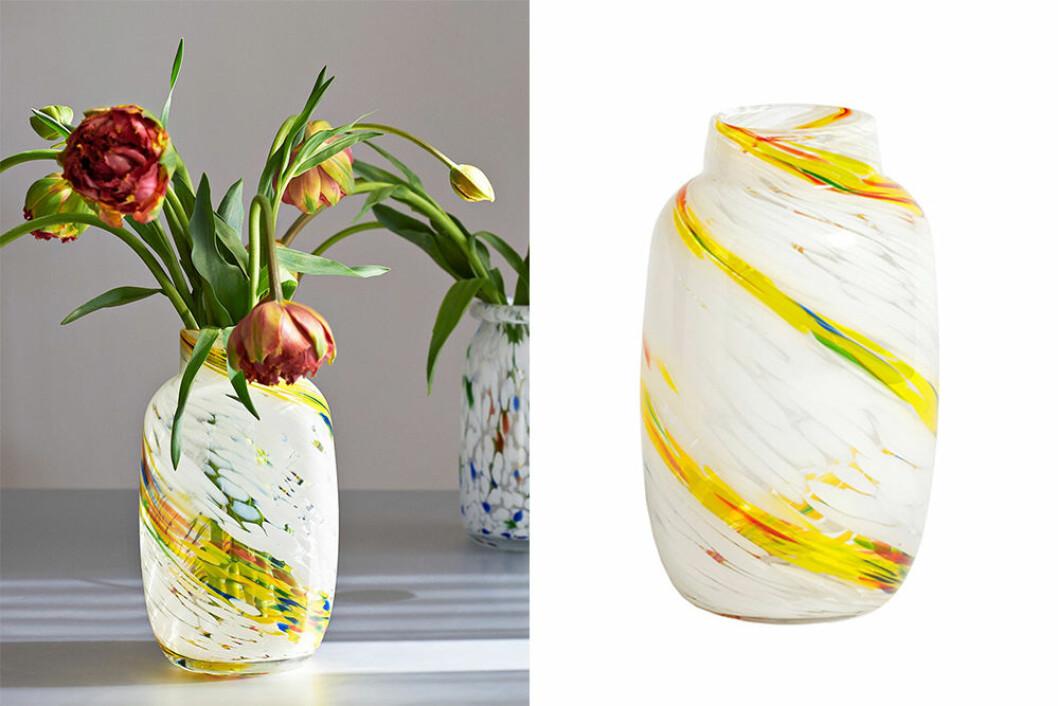 Gul swirl vas från hay