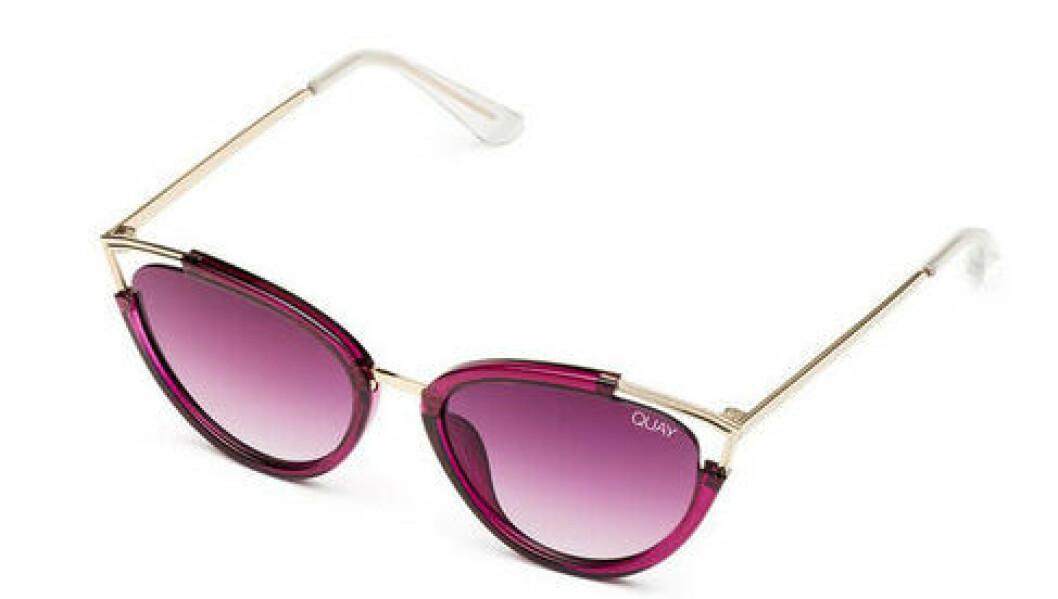En bild på ett par solglasögon som heter Quay Australia – Hearsay.