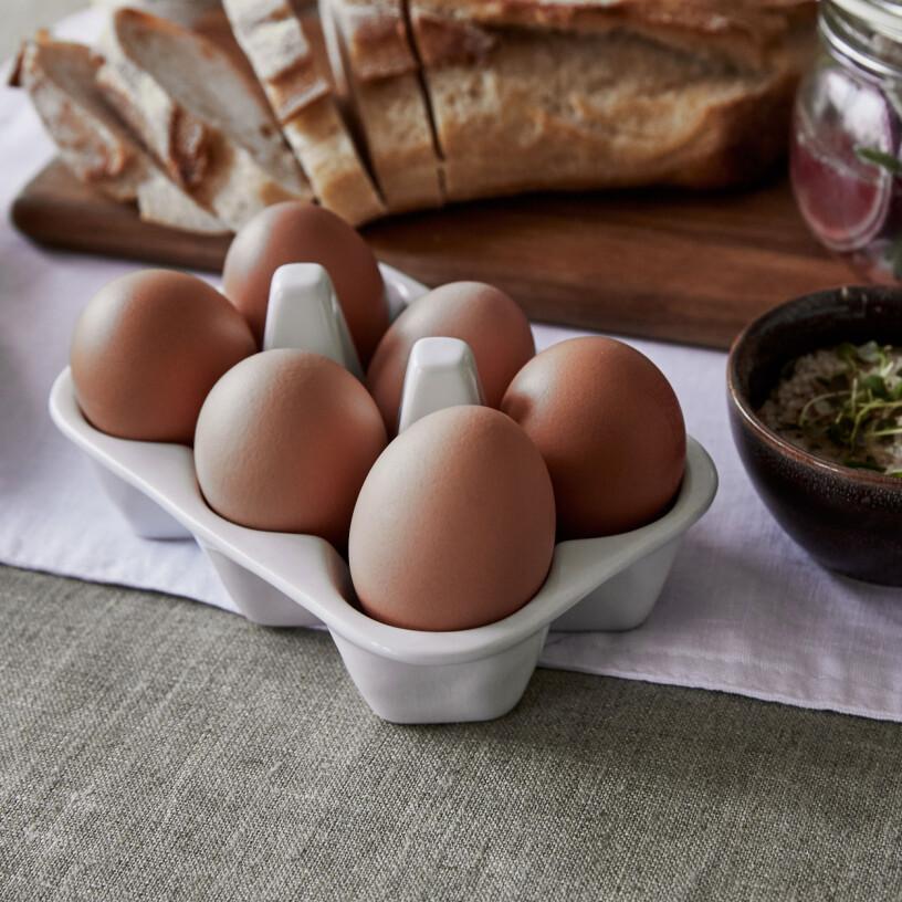 Hemtex ägghållare bord porslin