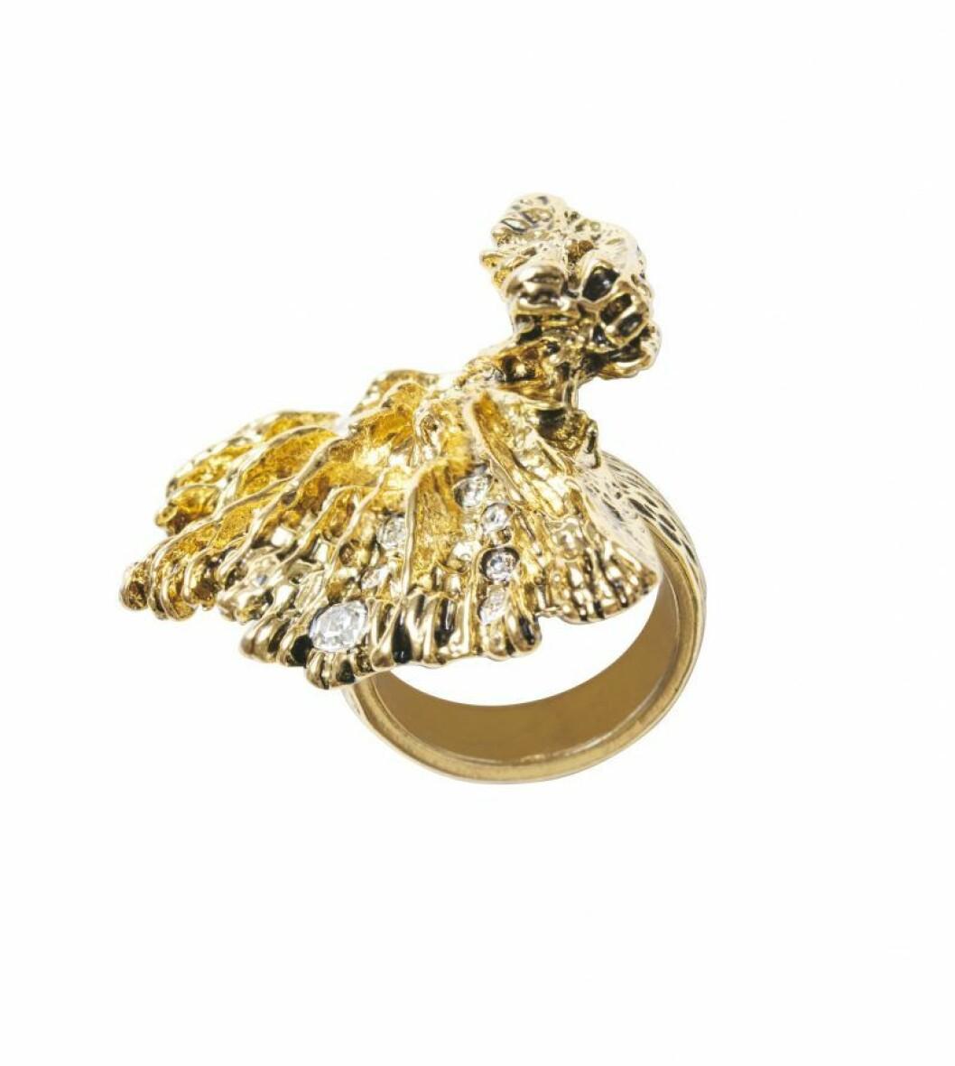 H&M Conscious Exclusive SS20 guldfärgad ring
