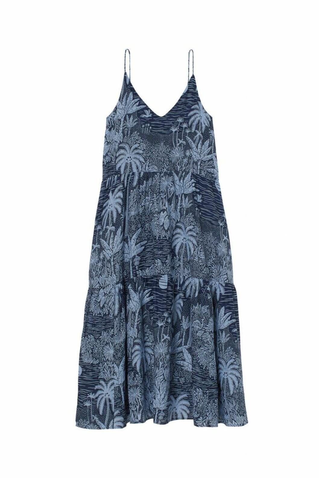 H&M x Desmond & Dempsey sommarkollektion 2020: bla klänning