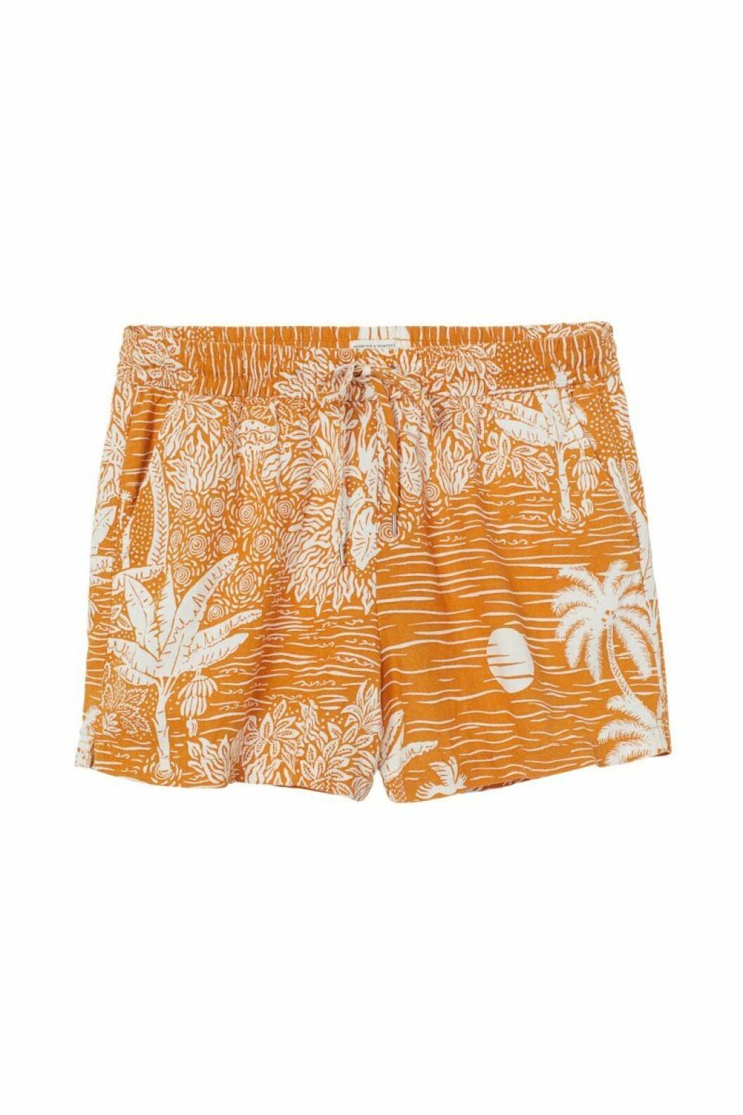 H&M x Desmond & Dempsey sommarkollektion 2020: mönstrade shorts
