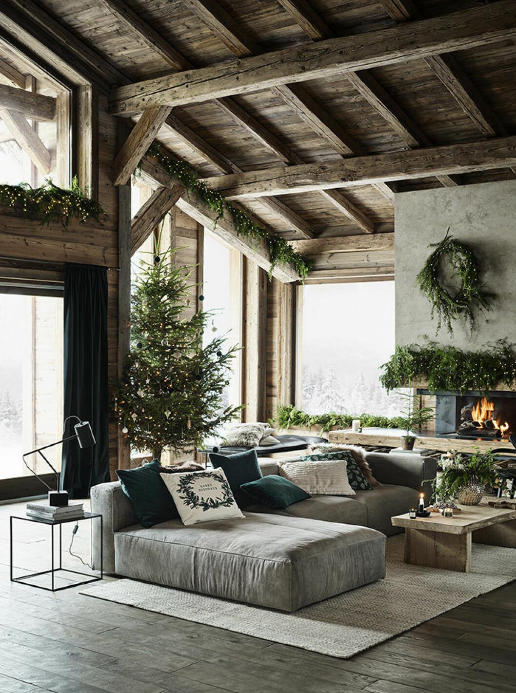 julen hos H&M Home är klassisk och rustik