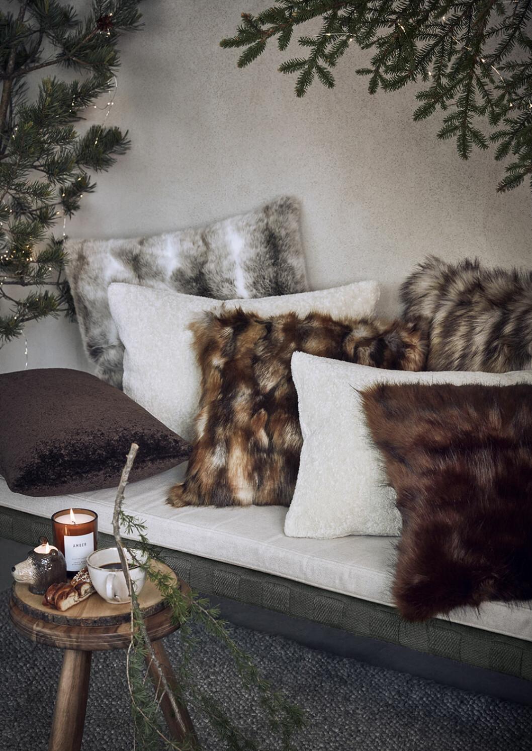 Fuskpäls är en av julens trendiga detaljer hos H&M Home 2019