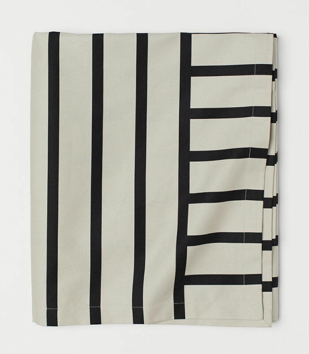 mönstrad bordduk från H&M Home