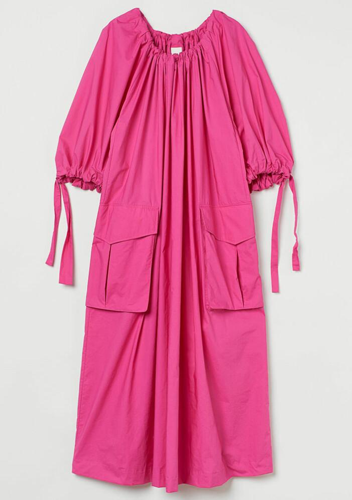 ceriserosa klänning från H&M