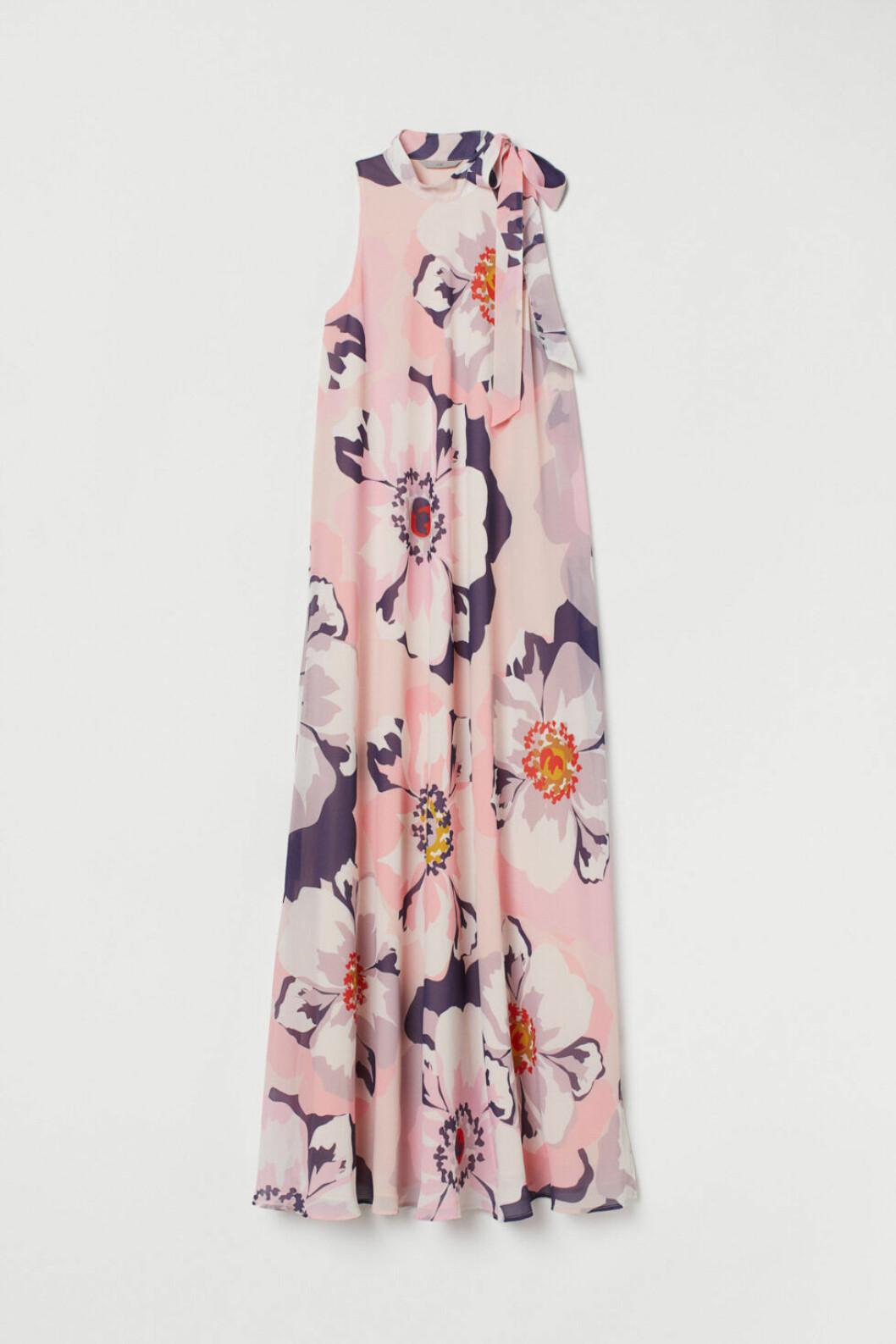 blommiga klänningar 2019