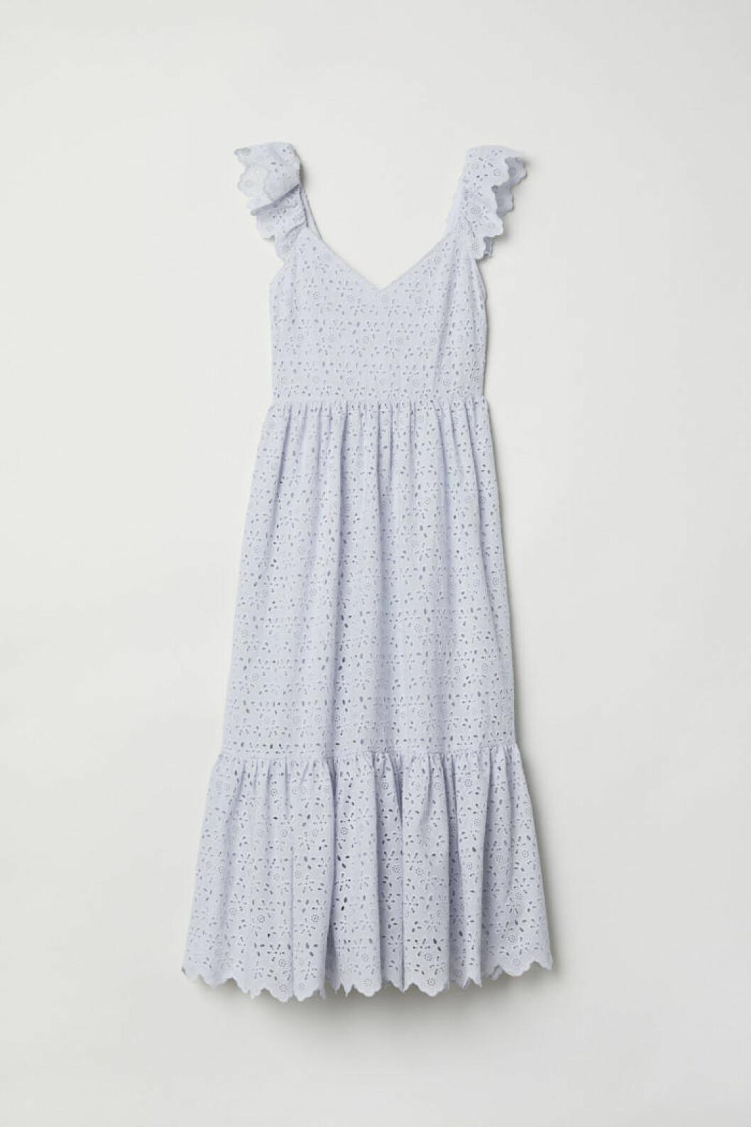 Volangklänng med brodyr från H&M