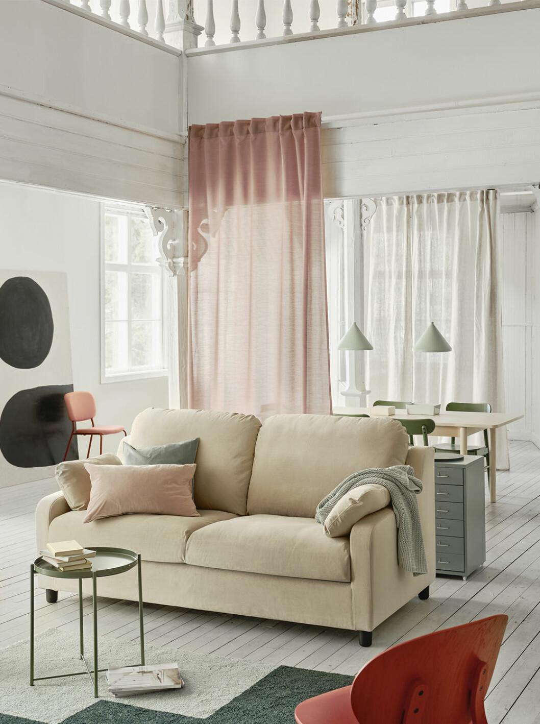 Ny soffa från ikea i återvunnet material