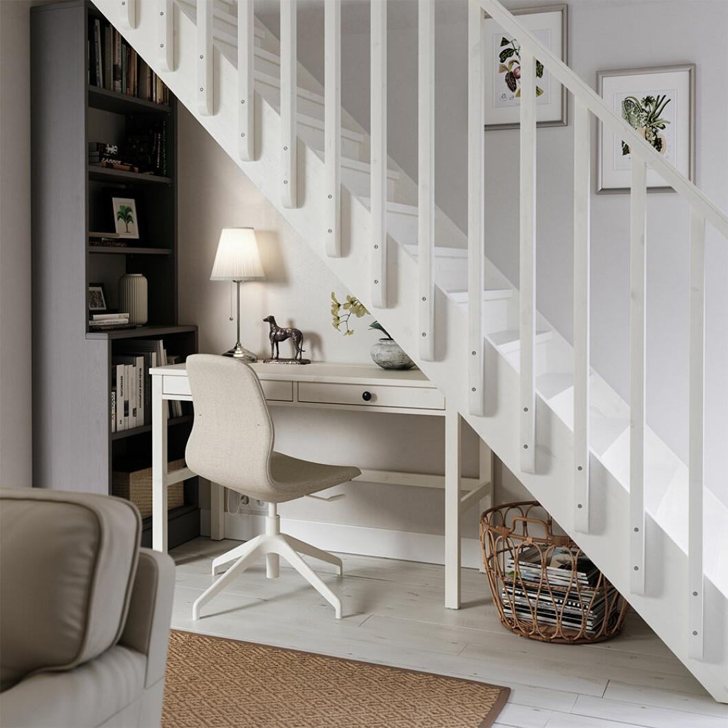 Hemmakontor under trappan i Ikea-katalogen