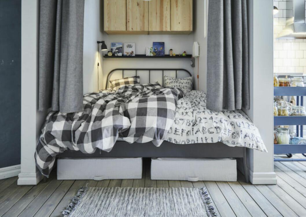 Säng med förvaring i Ikea-katalogen våren 2019