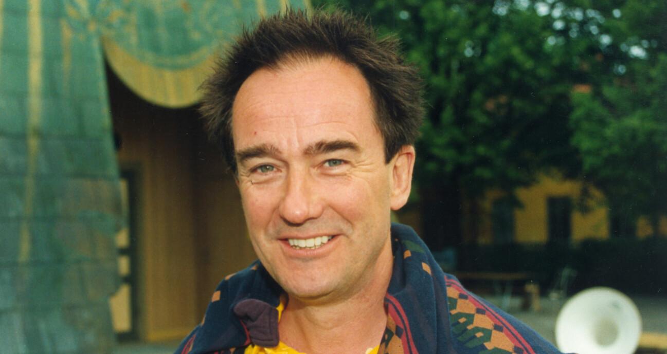 Robert Brobergs kärleksaffärer avslöjas i biografin Robert Broberg letar efter sig själv