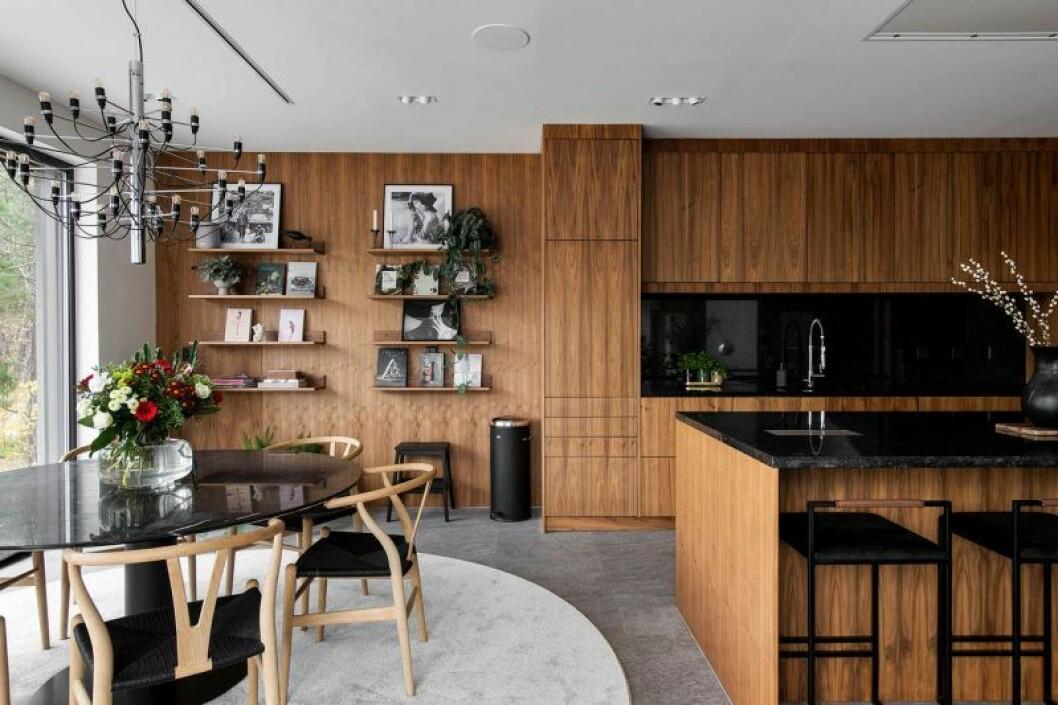 Isabella Löwengrip säljer sin lyxvilla – här är bild på köket