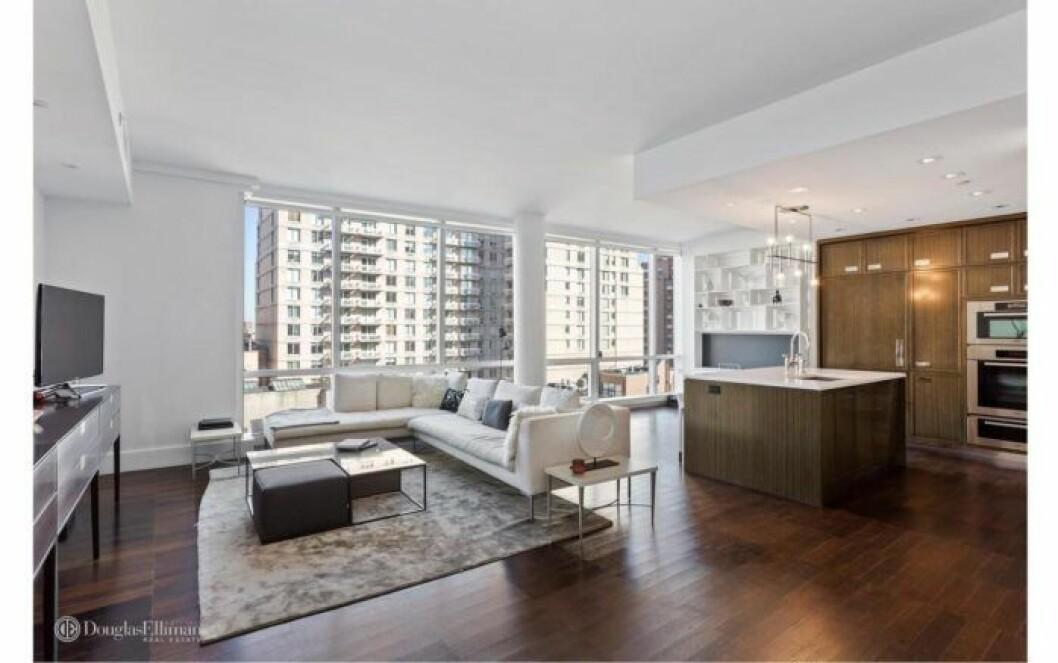 Bloggerskan och entreprenören Isabella Löwengrip letar lägenhet i New York. Här är en bild på en lägenhet med öppen planlösning som hon kikat på.
