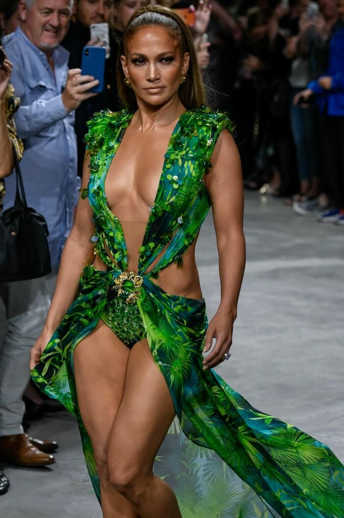 Jennifer Lopez i grön klänning