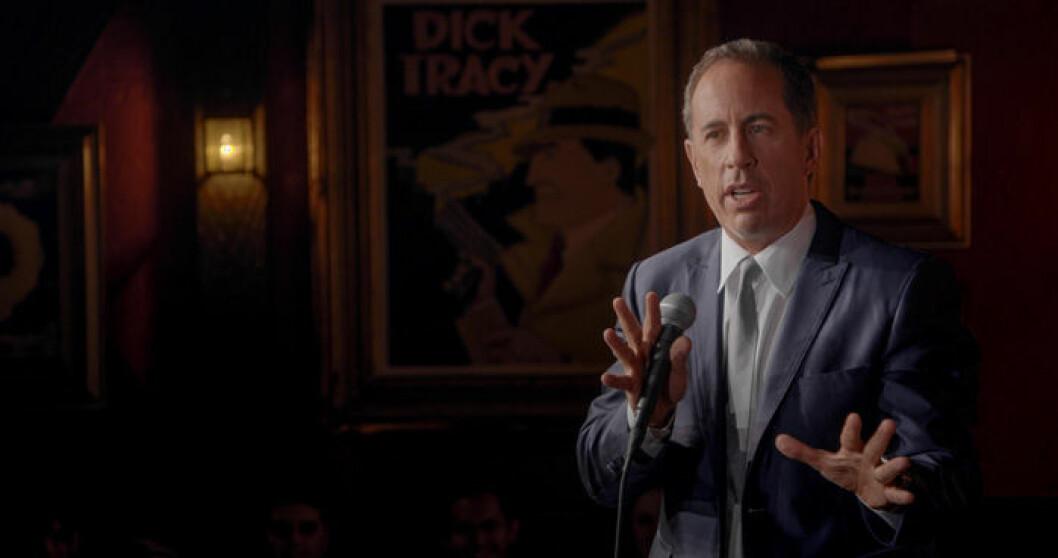 En bild på komikern Jerry Seinfeld som är tillbaka med en ny komedispecial på Netflix.