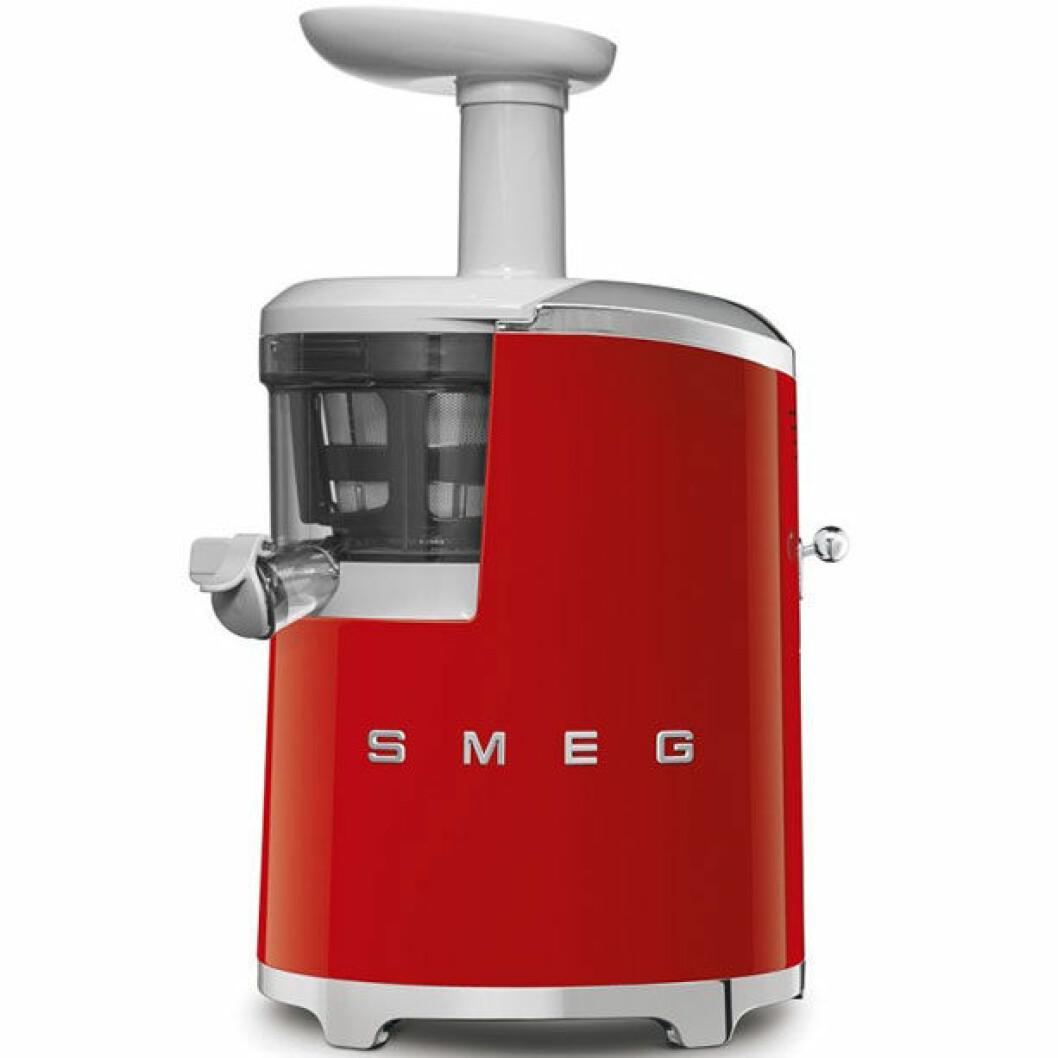 Smeg Slow Juicer är den snyggaste juicemaskinen på marknaden.