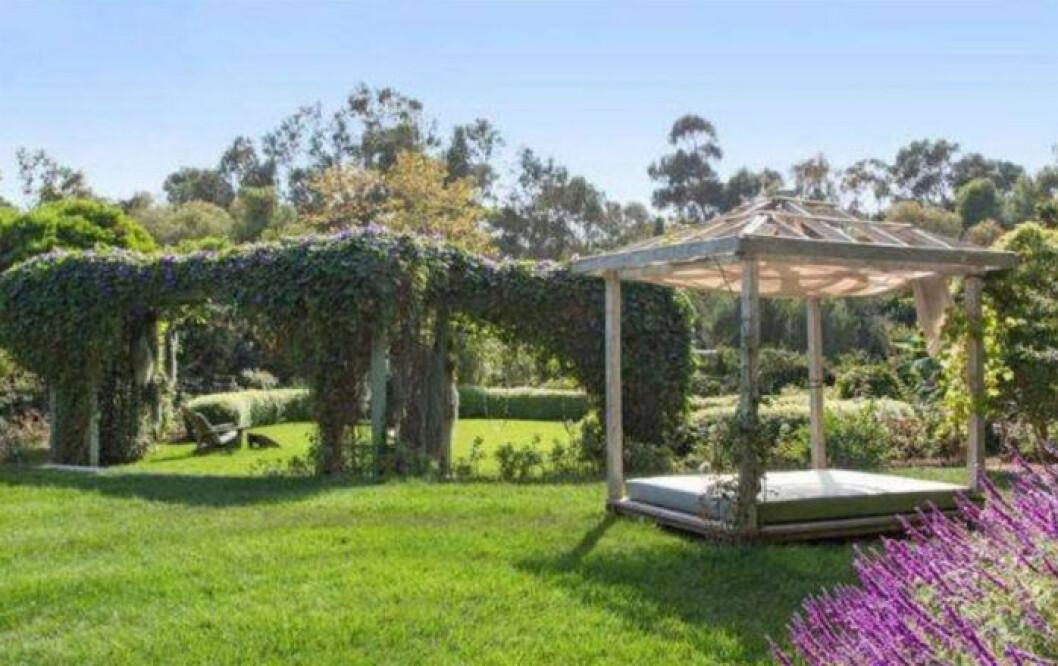 Bild på Julia Roberts trädgård