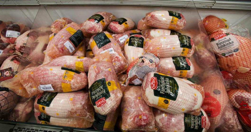 Enligt WWF äter köper svensken 7 000 ton julskinka varje år.
