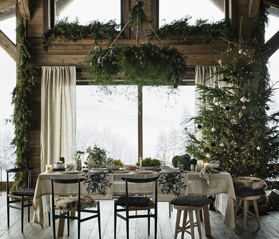 Grönt, rustikt och naturnära är trendigt i jul