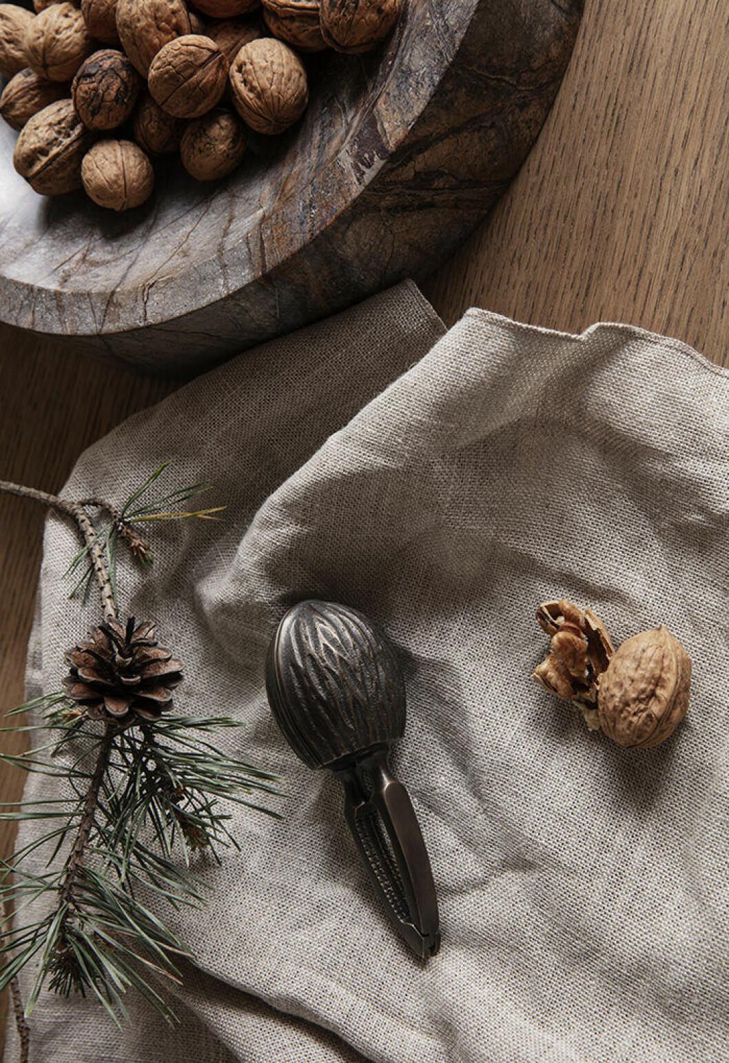 Nötknäckare med inspiration från valnötter