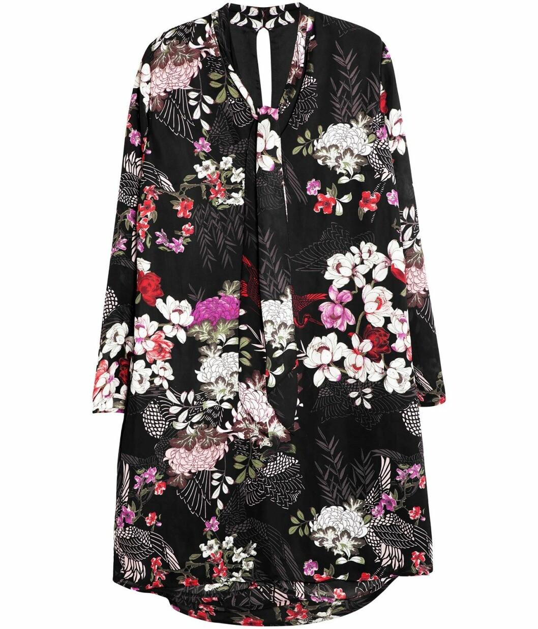 blommig-klänning-kappahl